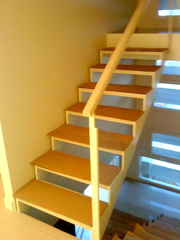 Escalera hierro-madera